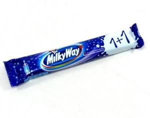 Шоколадный батончик Milky Way с суфле 52 г